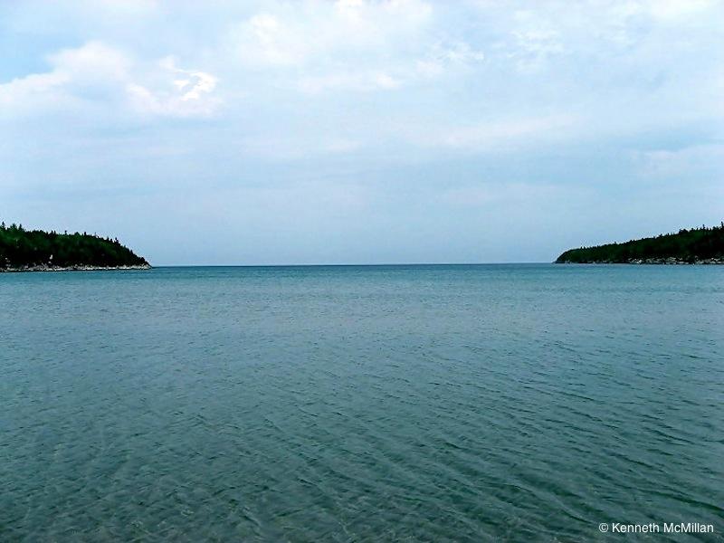 Location: Dunk Bay, Bruce Peninsula, Ontario, Canada