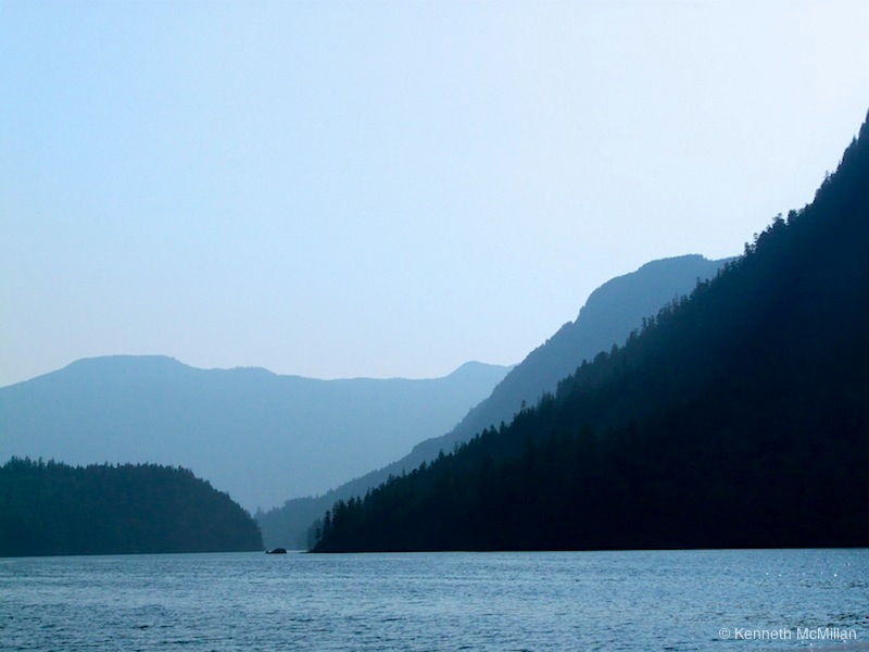 Location: Narrows Inlet off Salmon Inlet, British Columbia, Canada